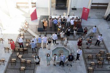 Los alumnos de 2⁰ bachillerato José Alberto Hoces y Quintín Mesa reciben el reconocimiento de la Universidad de Granada por obtener dos de las treinta mejores calificaciones en la PEvAU 2020
